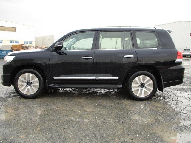 2019 Toyota LAND CRUISER VXR